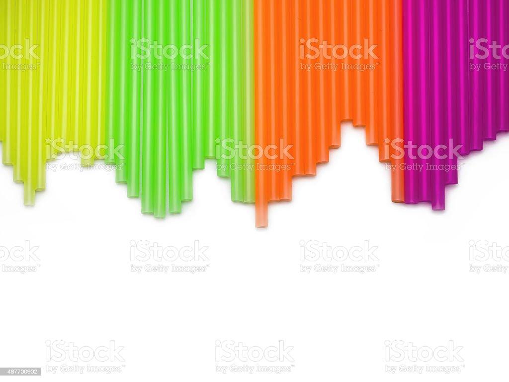 Beber canudos de plástico colorido. Índice de versão foto royalty-free
