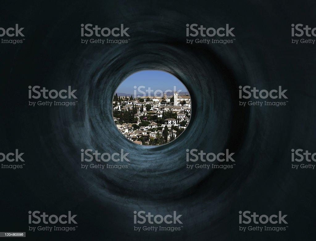 Geheimnisvolle tunnel zu exotischen Paradies city Lizenzfreies stock-foto