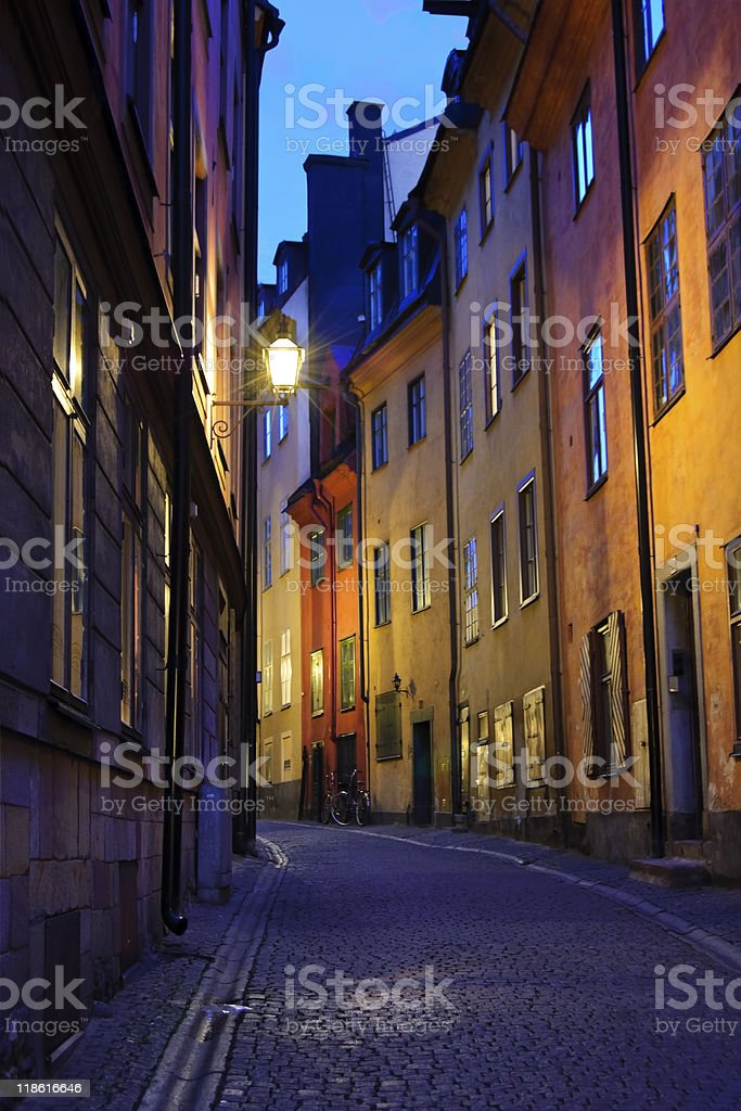 Narrow street at Gamlastan island in Stockholm royalty-free stock photo