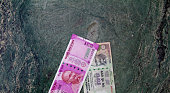 New Rs 2000 Indian currency bill and Rs 100 bill