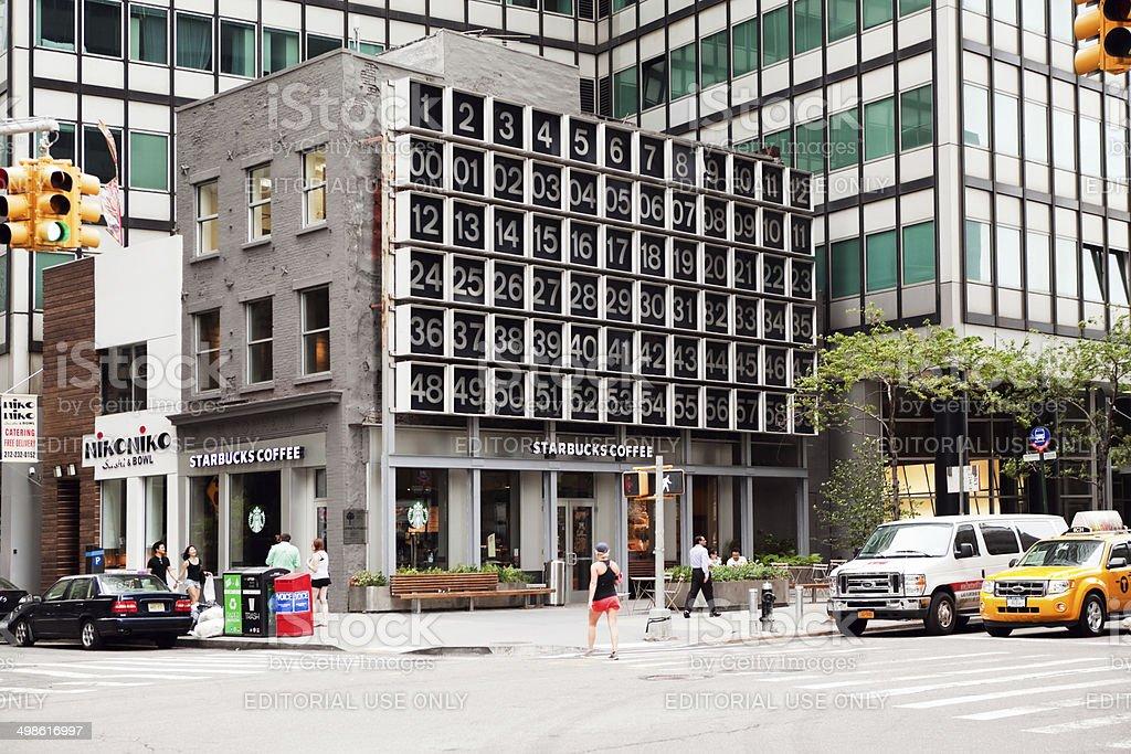 New York City, Starbucks Coffee, 200 Water Street Digital Clock stock photo