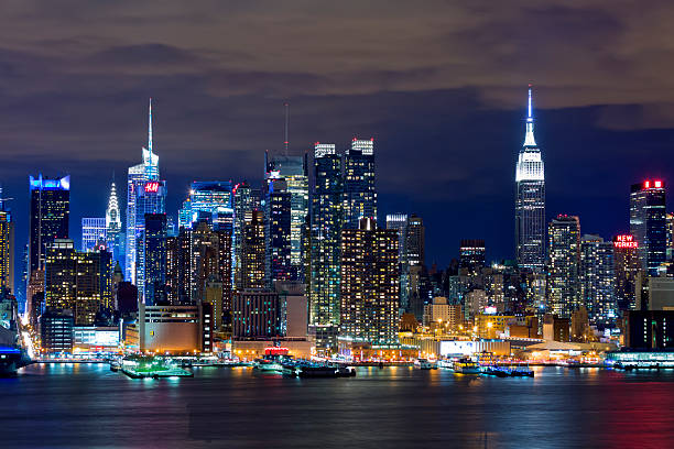 new york skyline pictures images and stock photos istock. Black Bedroom Furniture Sets. Home Design Ideas