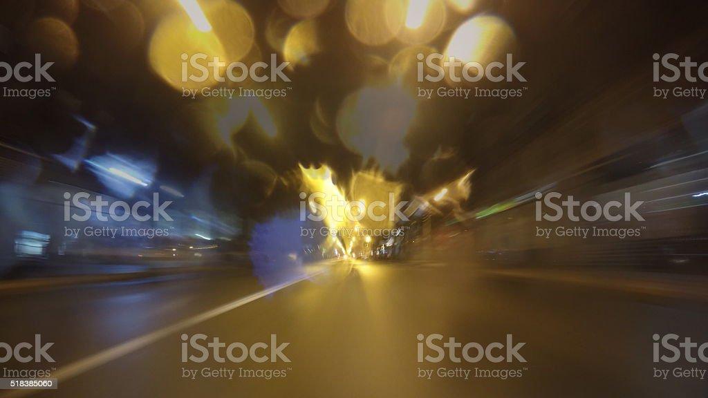 La noche, lapso de tiempo de la ciudad en automóvil. foto de stock libre de derechos