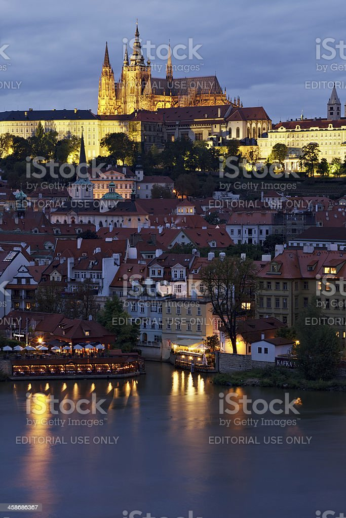 Night view of St. Vitus and Castle in Prague stock photo
