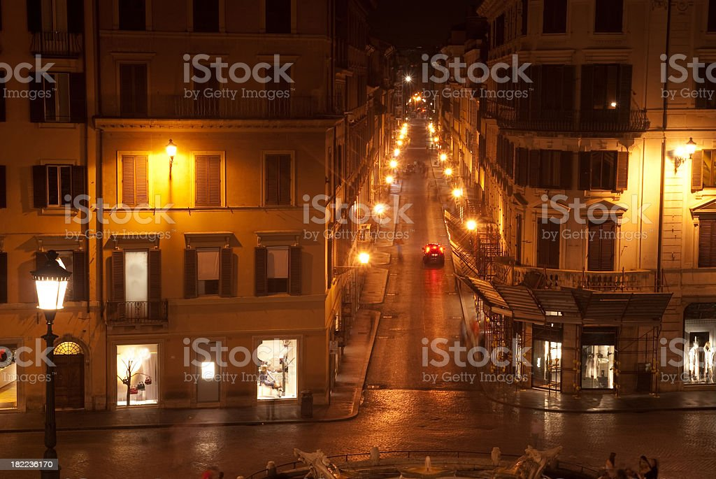 nightstreet in roma from the spain stairs - spanische treppe royalty-free stock photo