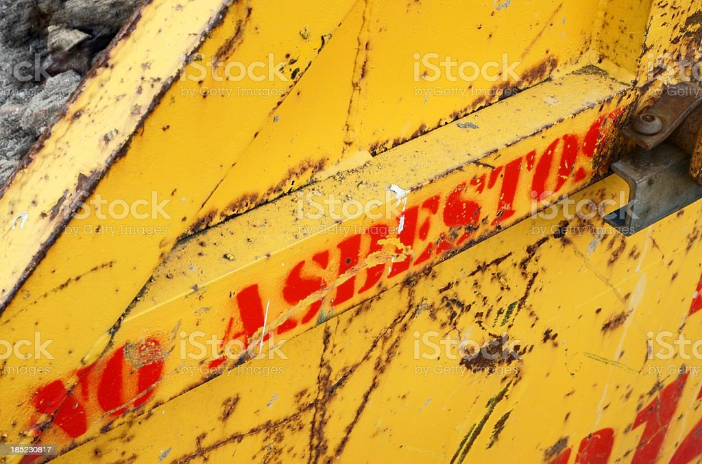 No asbestos in this container - Non riempire con amianto royalty-free stock photo