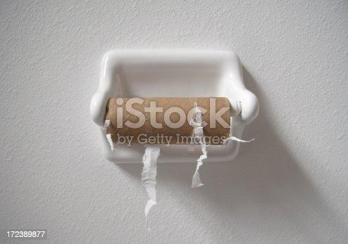 использованная туалетная бумага фото
