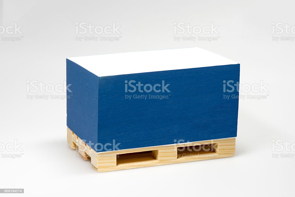 note block on wooden pallet stock photo