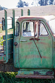 Objects: Old truck