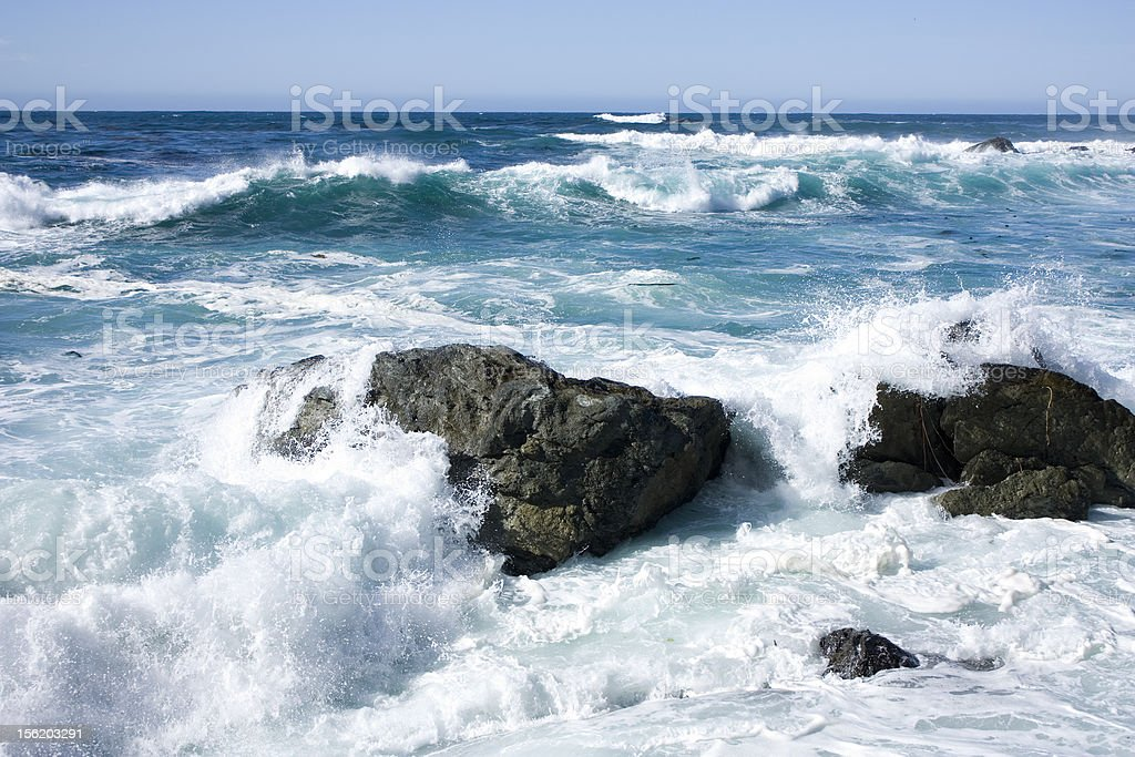 ocean rocks and waves crashing royalty-free stock photo