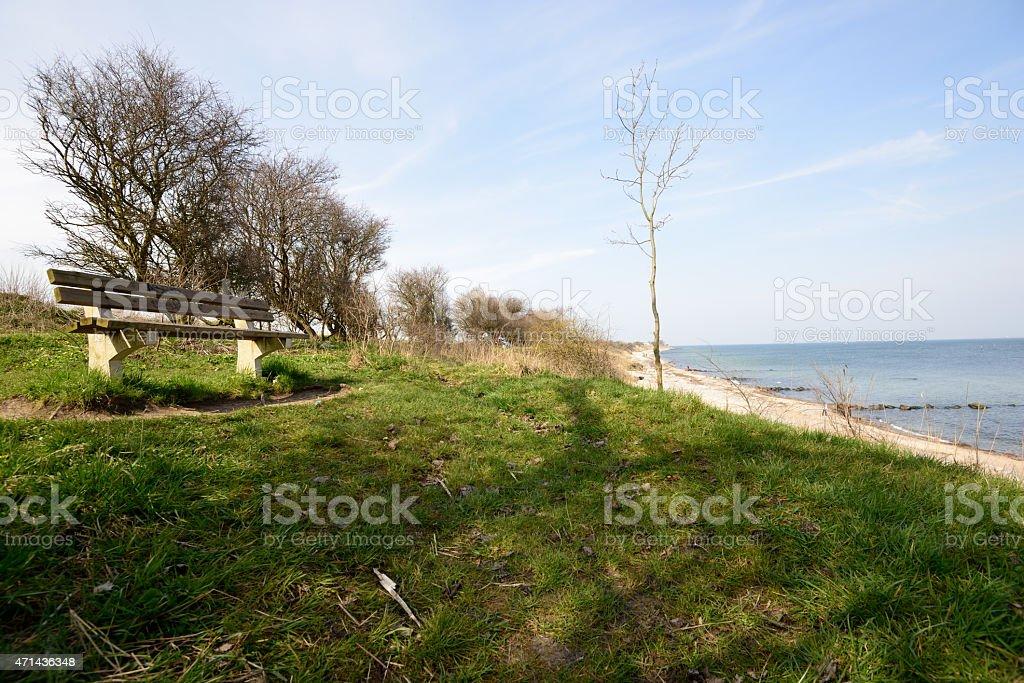Vista para o mar, com praia no Mar Báltico foto royalty-free
