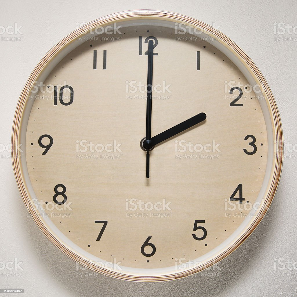 2, 2 o`clock, time, clock, watch, white background, stock photo