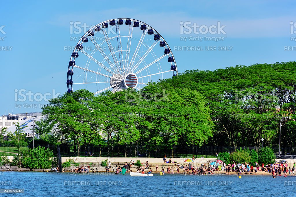 Ohio Street Beach and Ferris Wheel, Chicago stock photo
