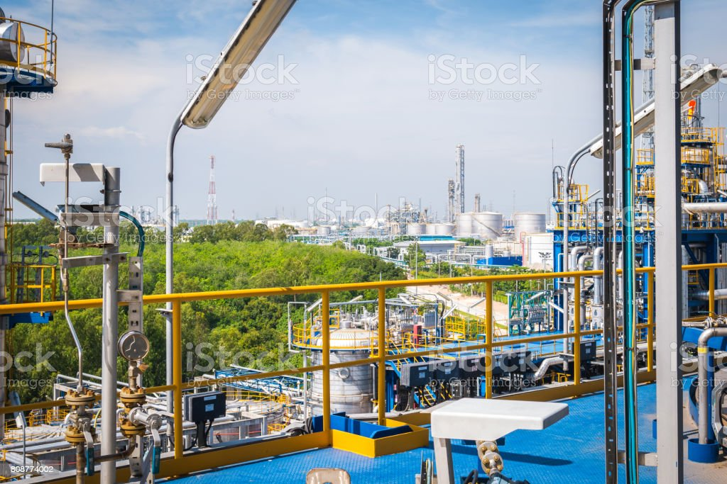 Process area structure of oil and chemical refinery industrial plant...
