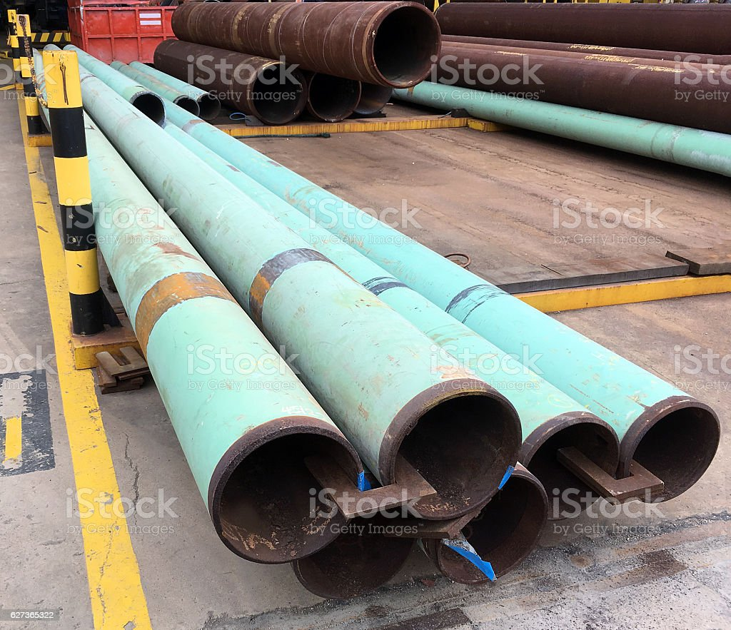 Oil and gas offshore industry structural steel pipe work stock photo