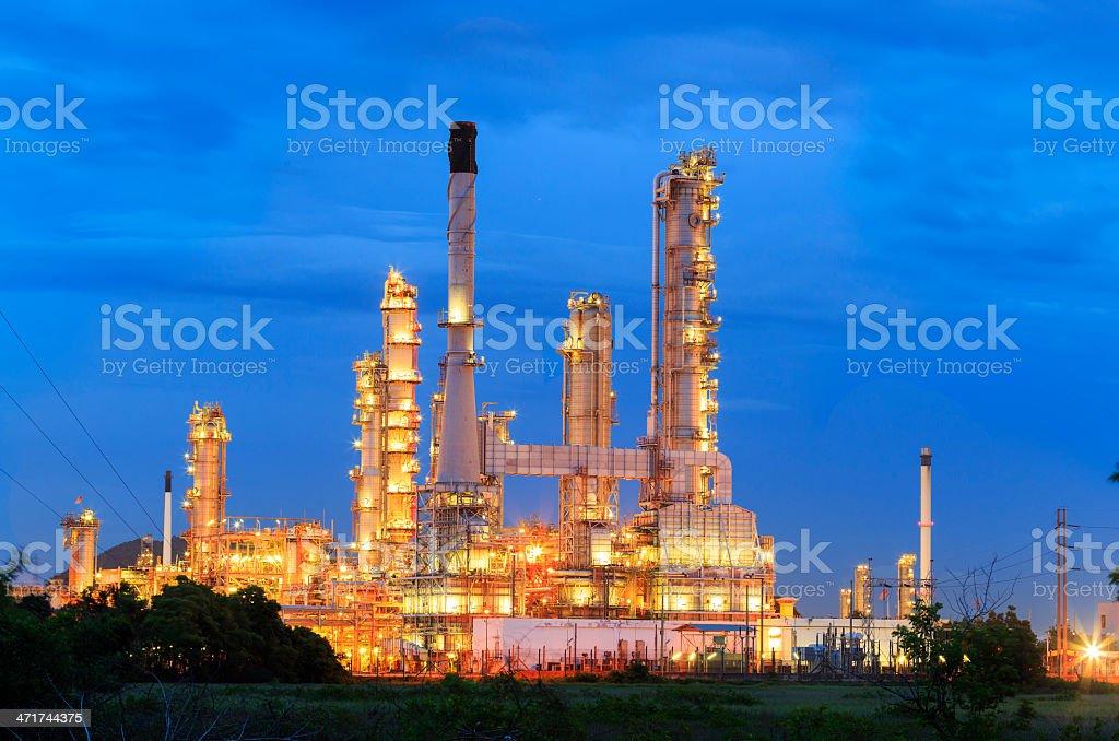 Oil refinery at twilight sky royalty-free stock photo