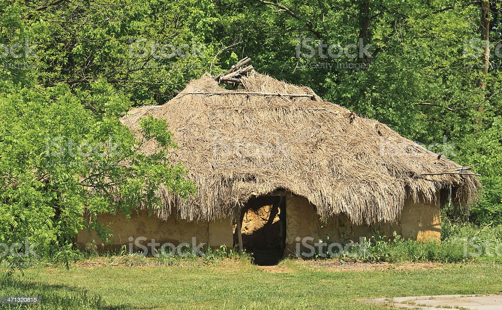 Oklahoma: Traditional House at Spiro Mounds stock photo