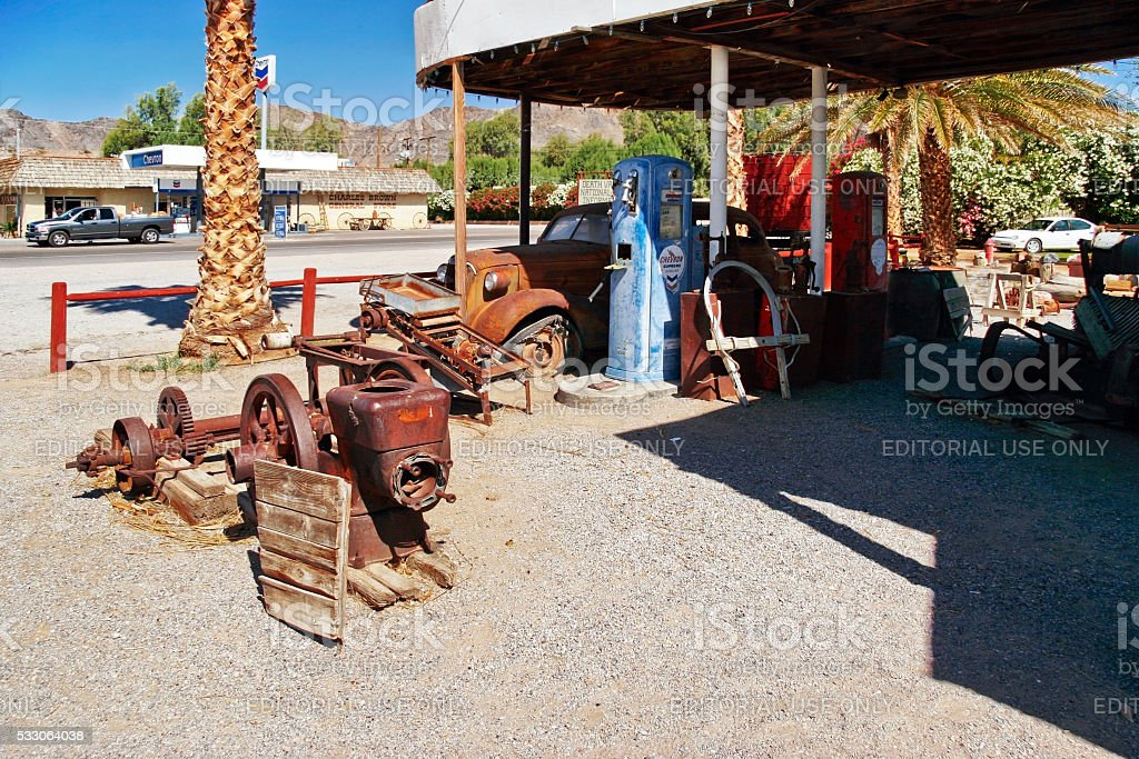 old and abandoned gas stations in Shoshone village stock photo
