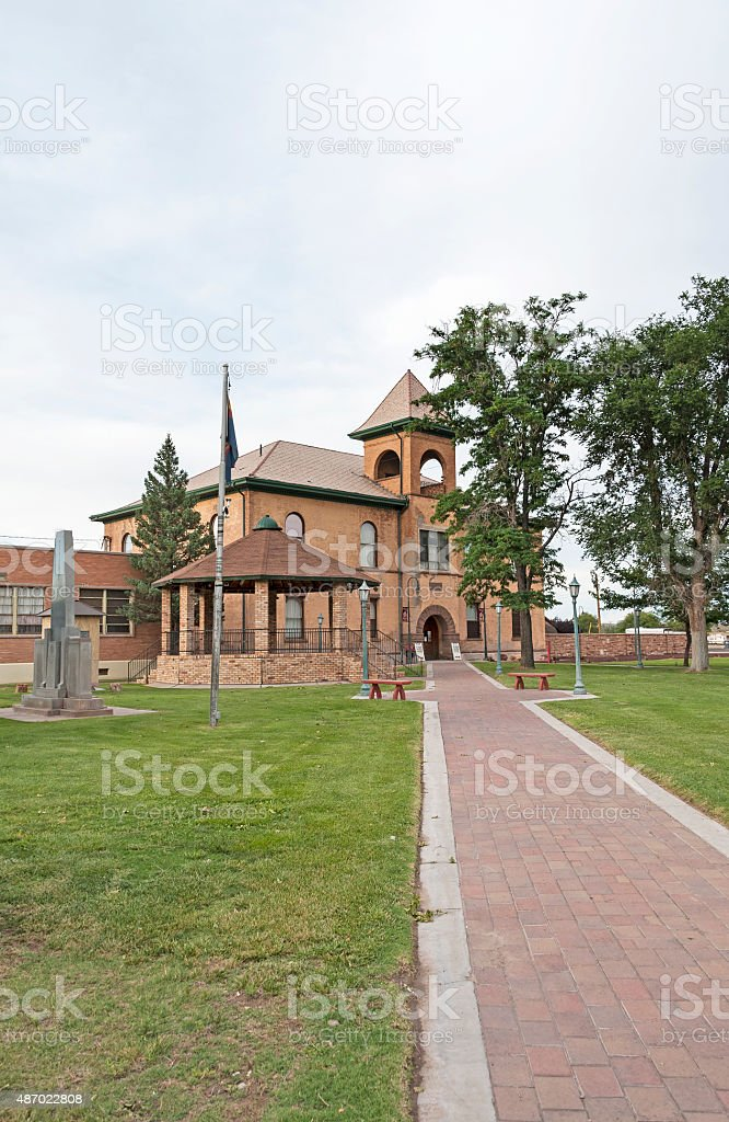 Old Courthouse Holbrook Arizona and War Memorial stock photo