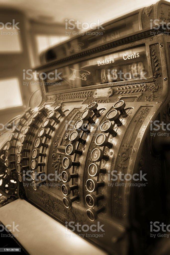Old Fashioned sépia caisse enregistreuse encore faire des affaires photo libre de droits