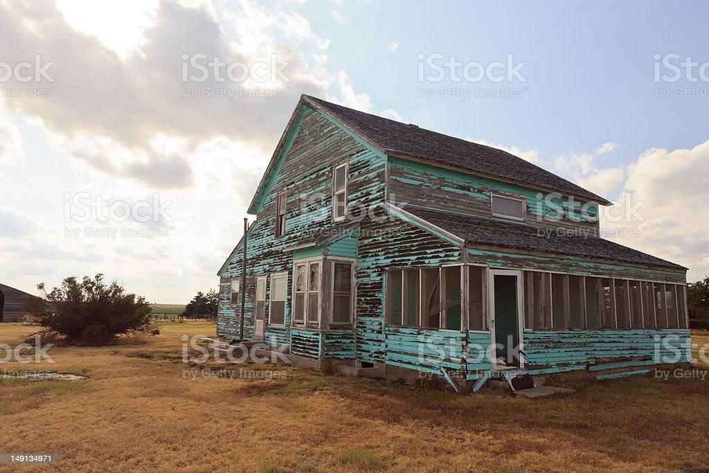 Vecchia casa nel Kansas prairie. foto stock royalty-free