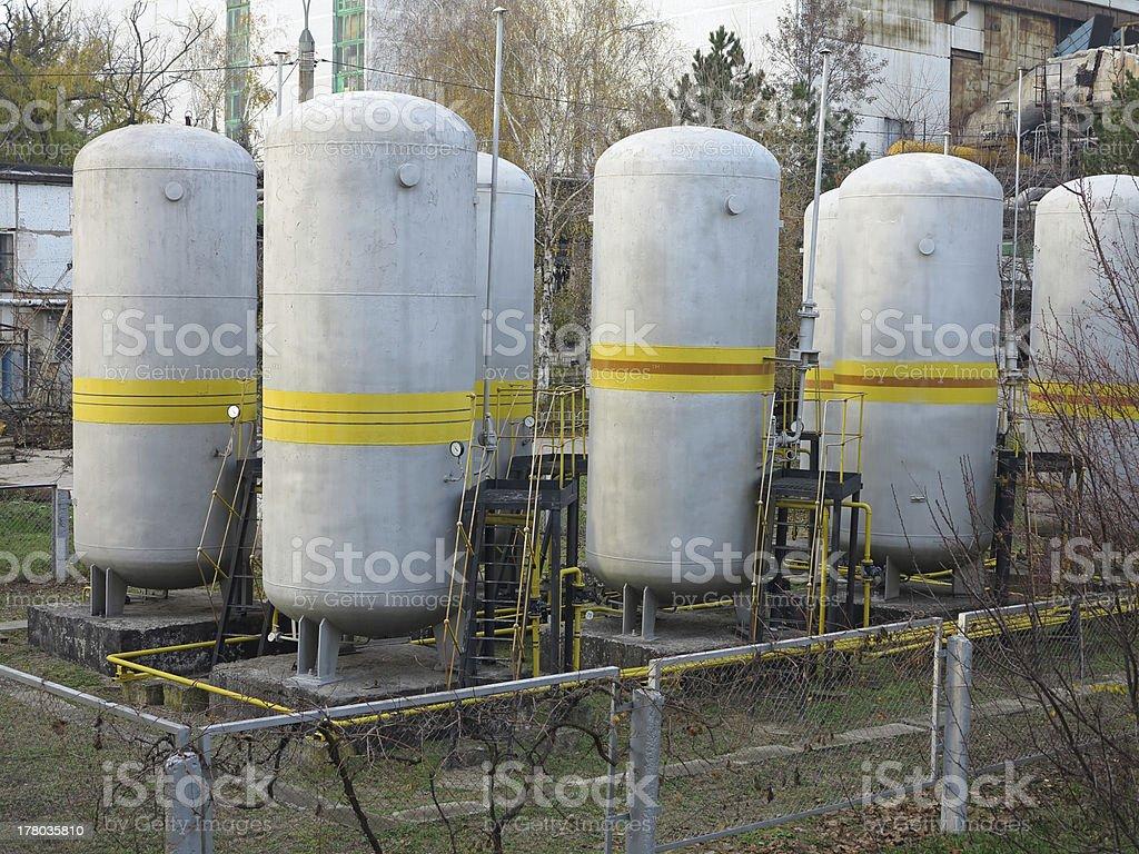 industrial tanques de armazenamento de produtos químicos foto de stock royalty-free