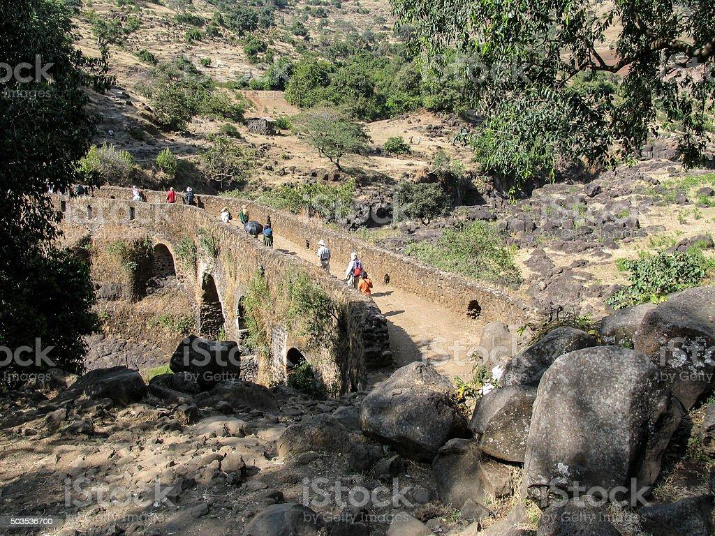 Alte portugisische Brücke bei den Wasserfällen des Blauen Nils, Äthiopien. stock photo