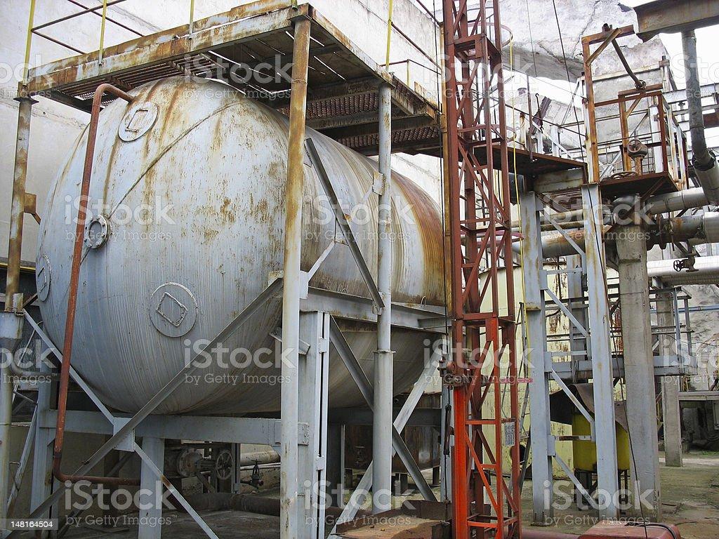 industrial velho enferrujado tanque químicos foto de stock royalty-free