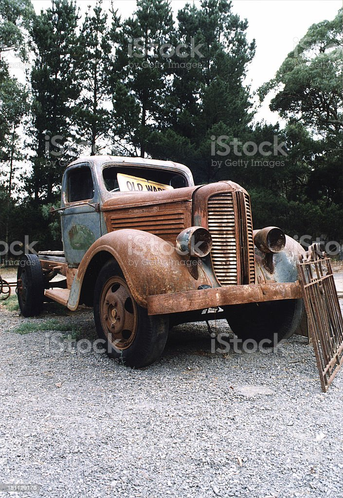 old rusty camión foto de stock libre de derechos