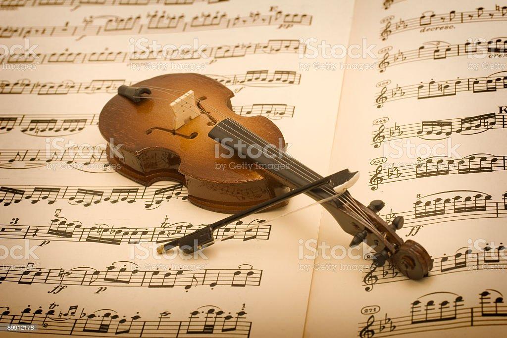 Old Sheet Music and violin stock photo