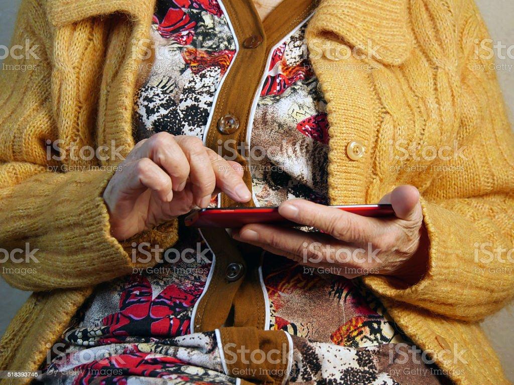 Mujer y tableta electrónica foto de stock libre de derechos