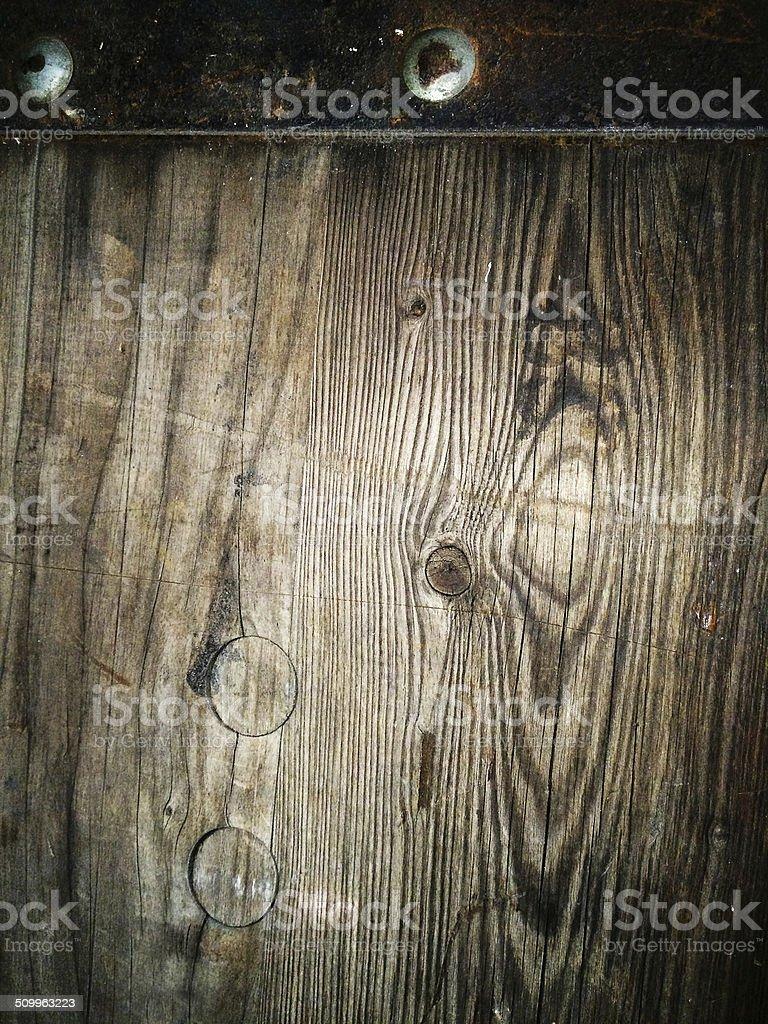 Stare drewniane tło z metalowych peg zbiór zdjęć royalty-free