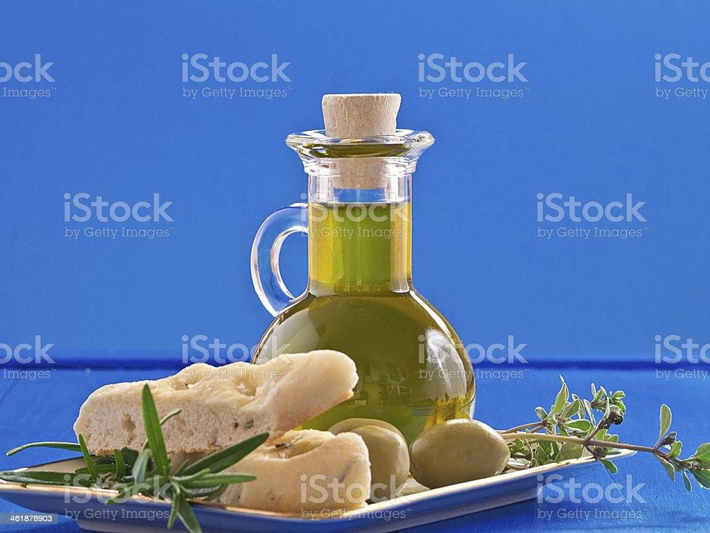 Oliven?l in einer Flasche stock photo