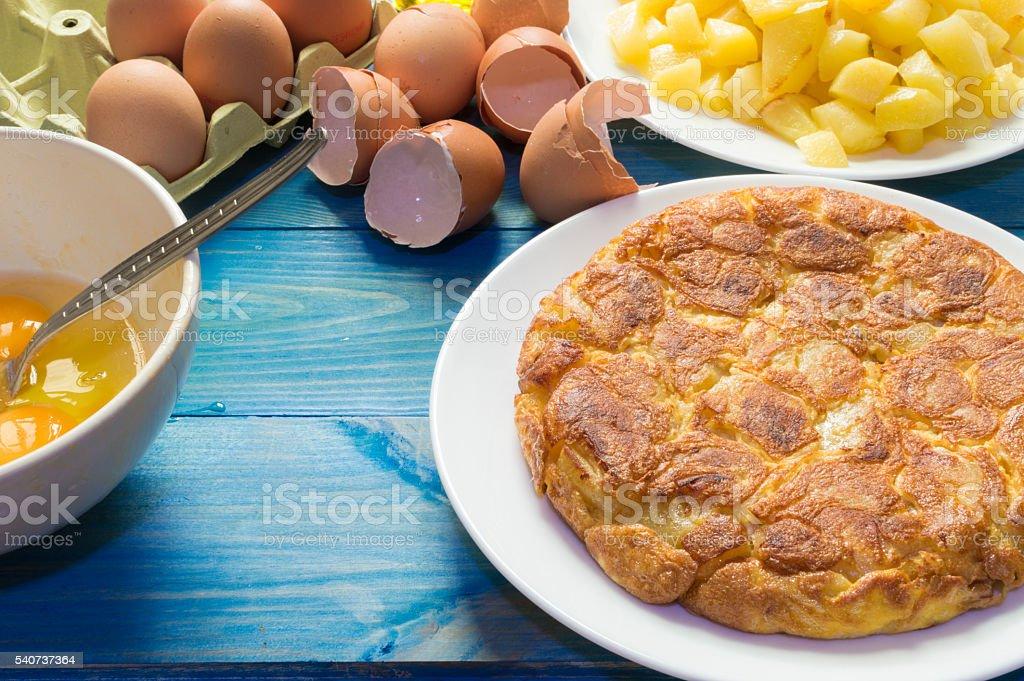 tortilla con patatas photo libre de droits