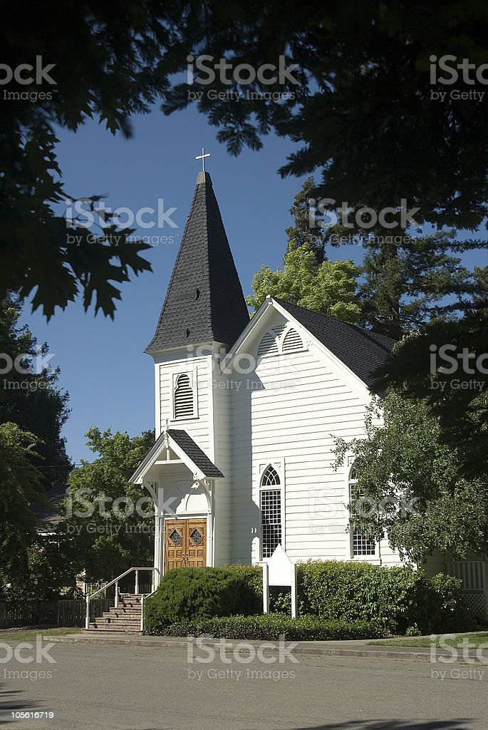Iglesia de un país foto de stock libre de derechos