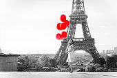 Only in my dream that I see Paris