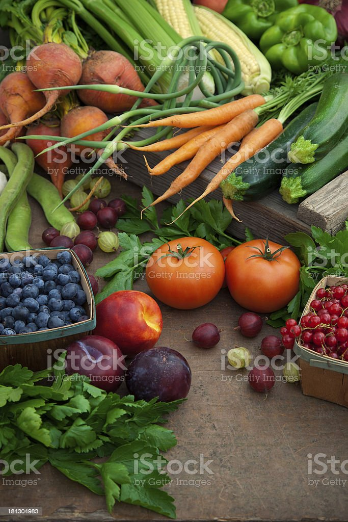 Organic fruits and vegetables at farmers' market royalty-free stock photo