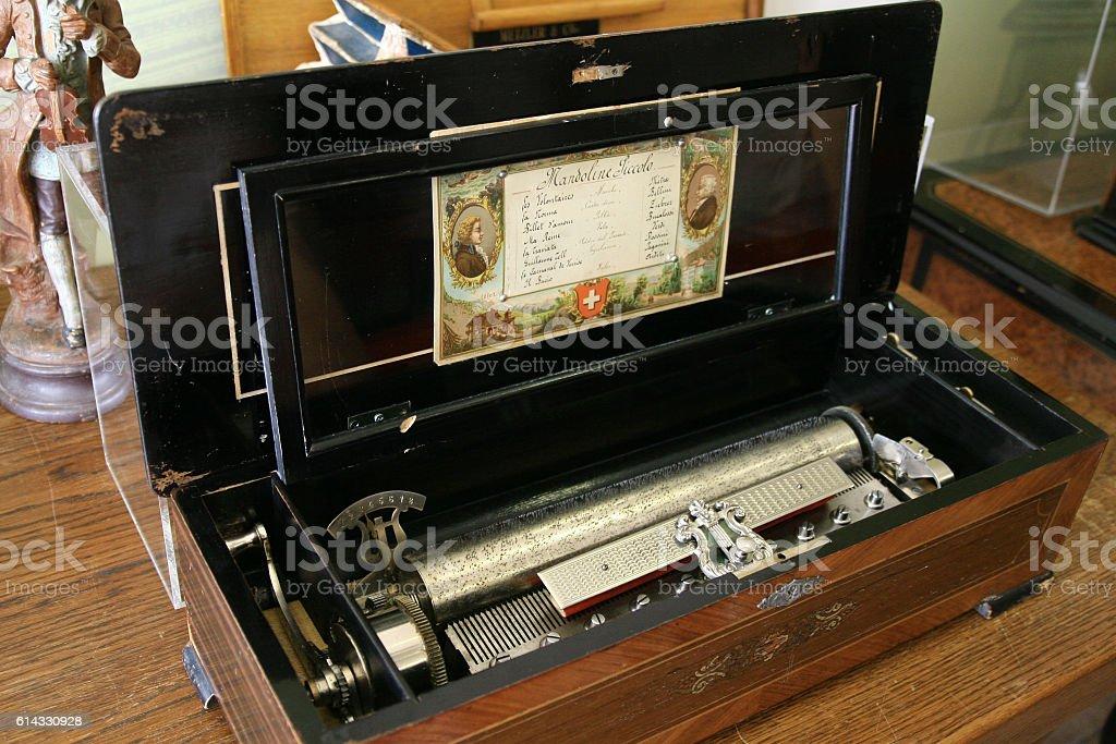 orgel musical box stock photo