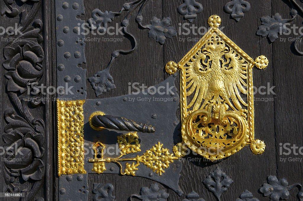 Ornement doré de la poignée de porte, l'hôtel de ville de Francfort photo libre de droits