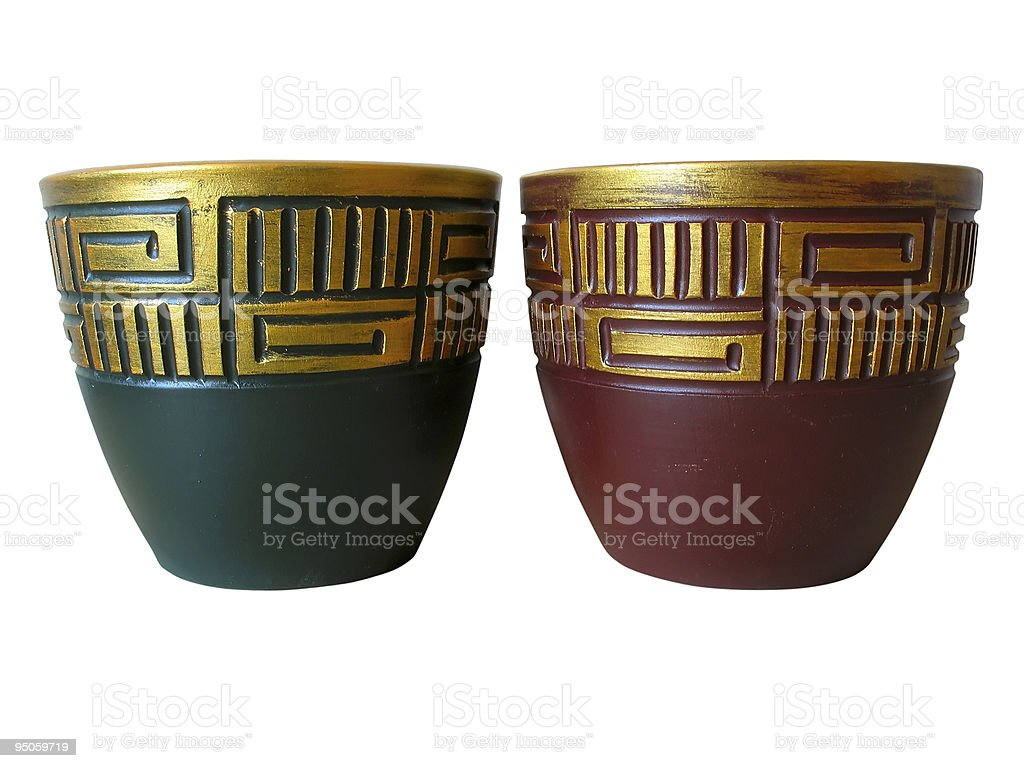 ornated vermelho e verde Panela de cerâmica isolado sobre o branco foto de stock royalty-free
