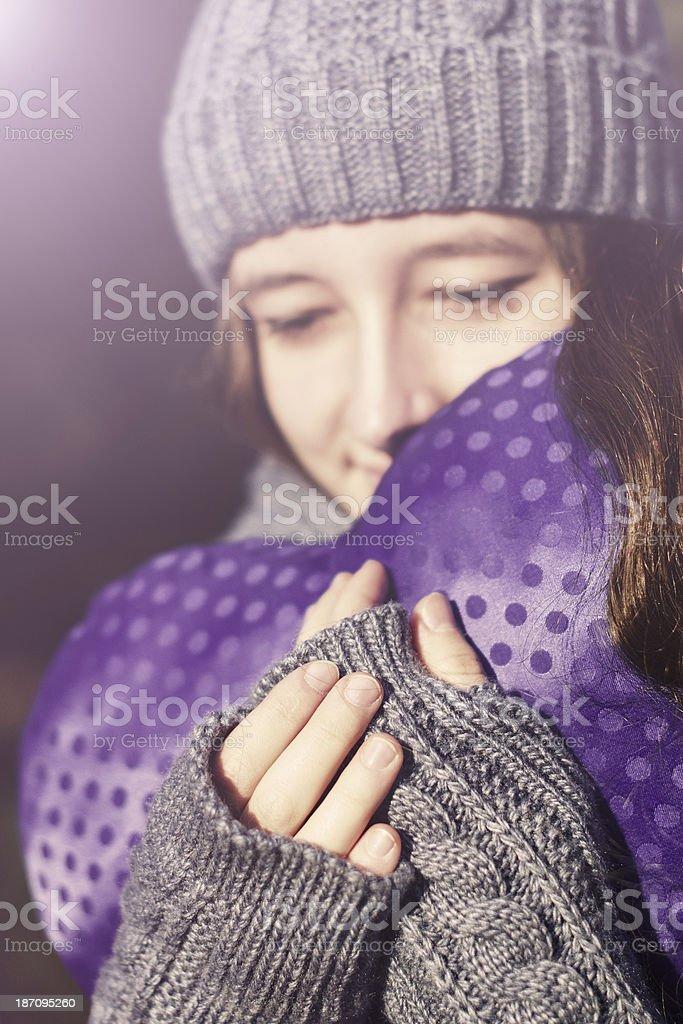 Extérieur portrait de sensuelle jeune fille photo libre de droits