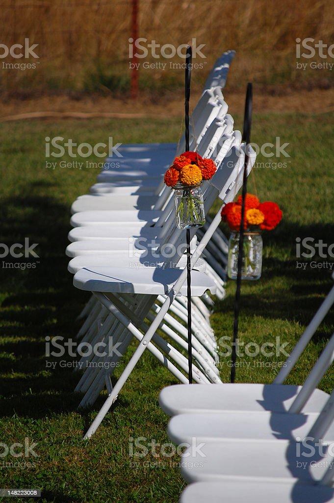 Hochzeit im Freien mit Blumen Lizenzfreies stock-foto