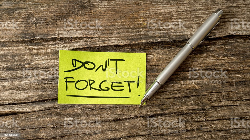 Overhead view of a Don't forget reminder message stock photo