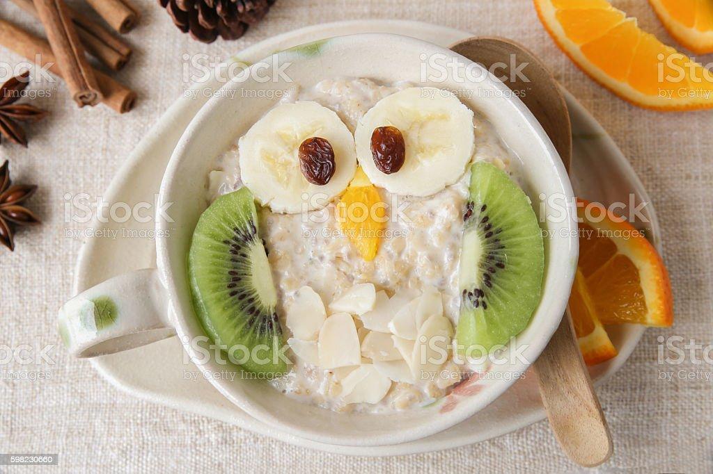 Owl porridge breakfast, food art for kids