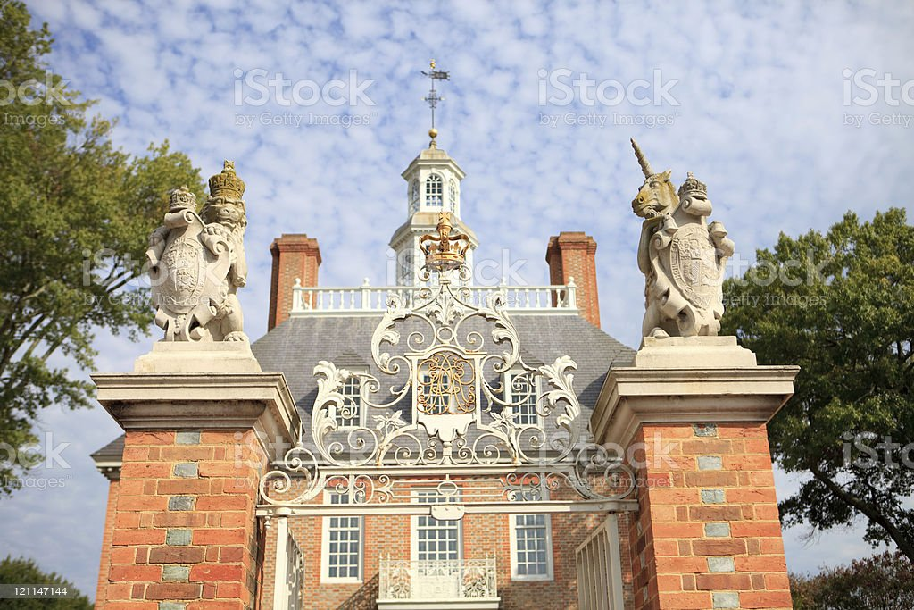 Palace gates in colonial Virginia stock photo