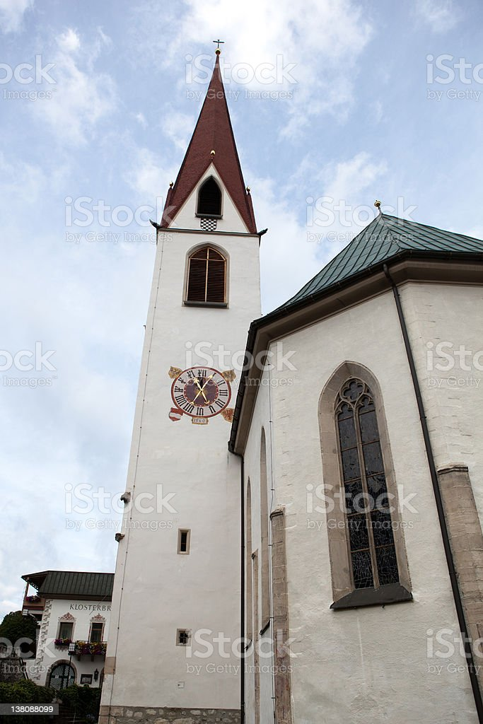 パリッシュ教会の聖オズ、Seefeld オーストリア ロイヤリティフリーストックフォト