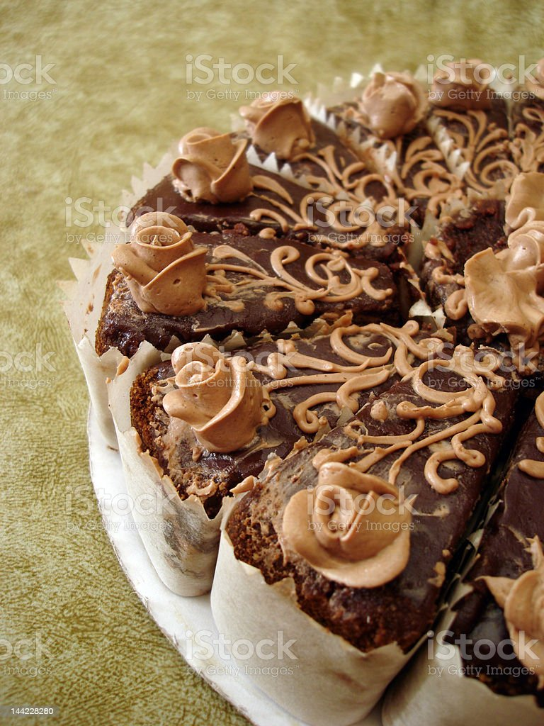 Parte de Bolo de chocolate no fundo Texturizado foto de stock royalty-free