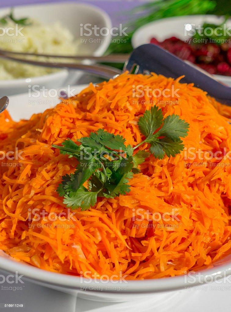 Cibo a parte, coriandolo marrinate Insalata di carote tedesco foto stock royalty-free