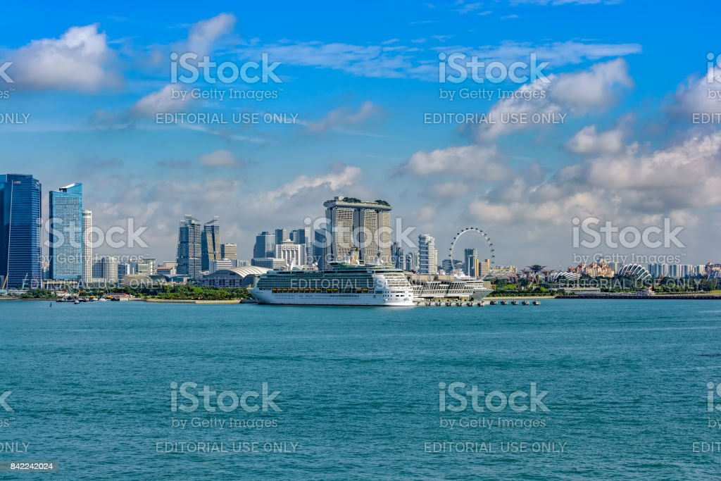 Passenger vessel MARINER OF THE SEAS in Singapore in service for Royal Caribbean International. stock photo