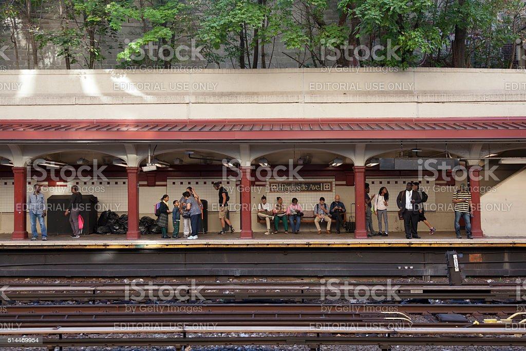 passengers wait for subway train on station parkside avenue i stock photo